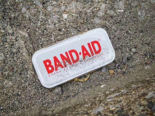 Pojemnik z bandażem